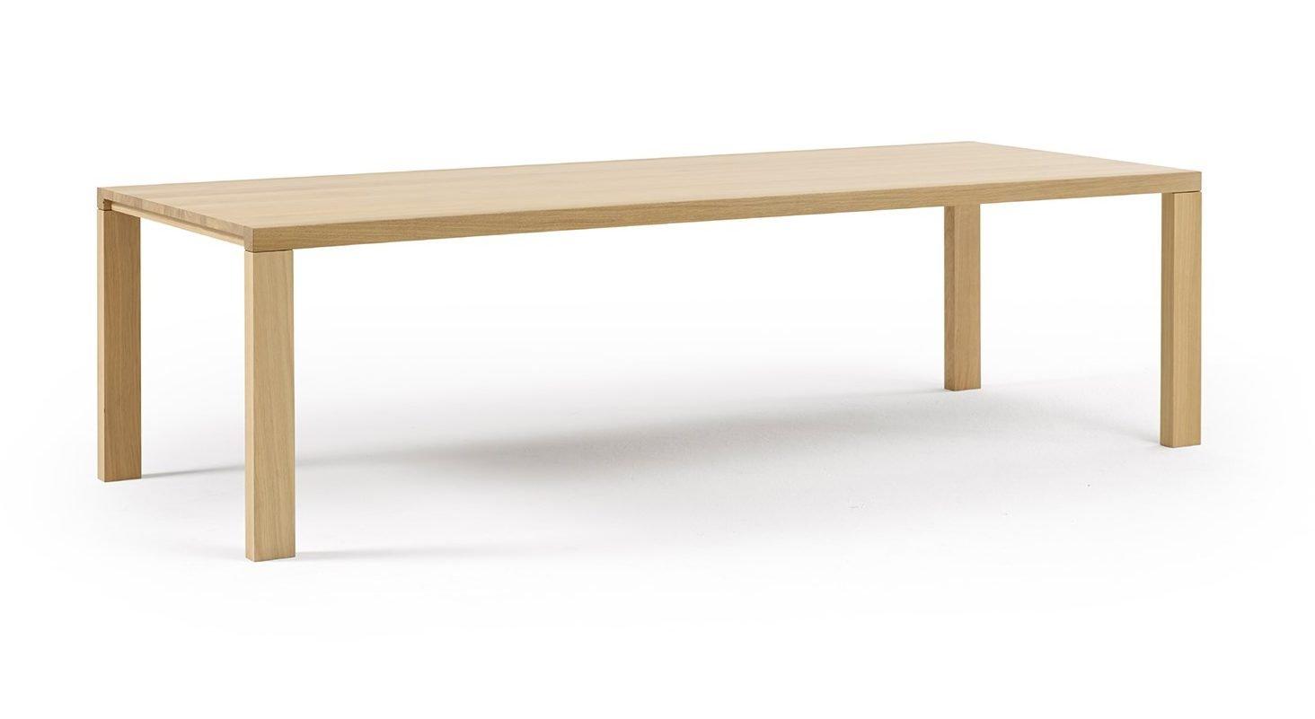 02 Tisch Essenza