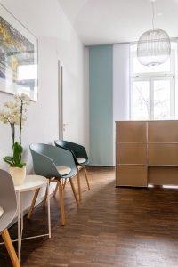Freisberg Inneneinrichtung & Innenarchitektur - Moderne Praxis Wasserturm Mannheim